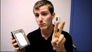 Seagate Barracuda 2TB ST2000DM001 Hard Drive Unboxing Linus Tech Tips