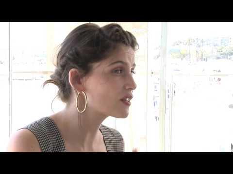 Interview Laetitia Casta EN MOI