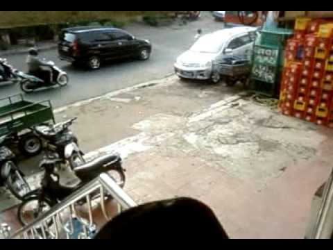 Samsung B2100 Xtreme Test - Crash