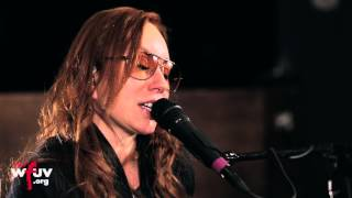 "Tori Amos - ""Jamaica Inn"" (Live at WFUV)"