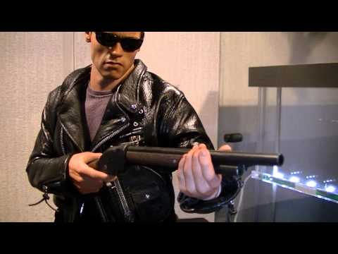 Hot Toys Terminator 2 DX10