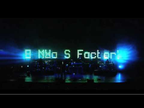 Massive Attack - Inertia Creeps (Live - Meltdown Festival 2008)