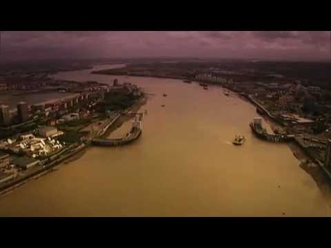 Thames Flight - a Port of London Authority Film