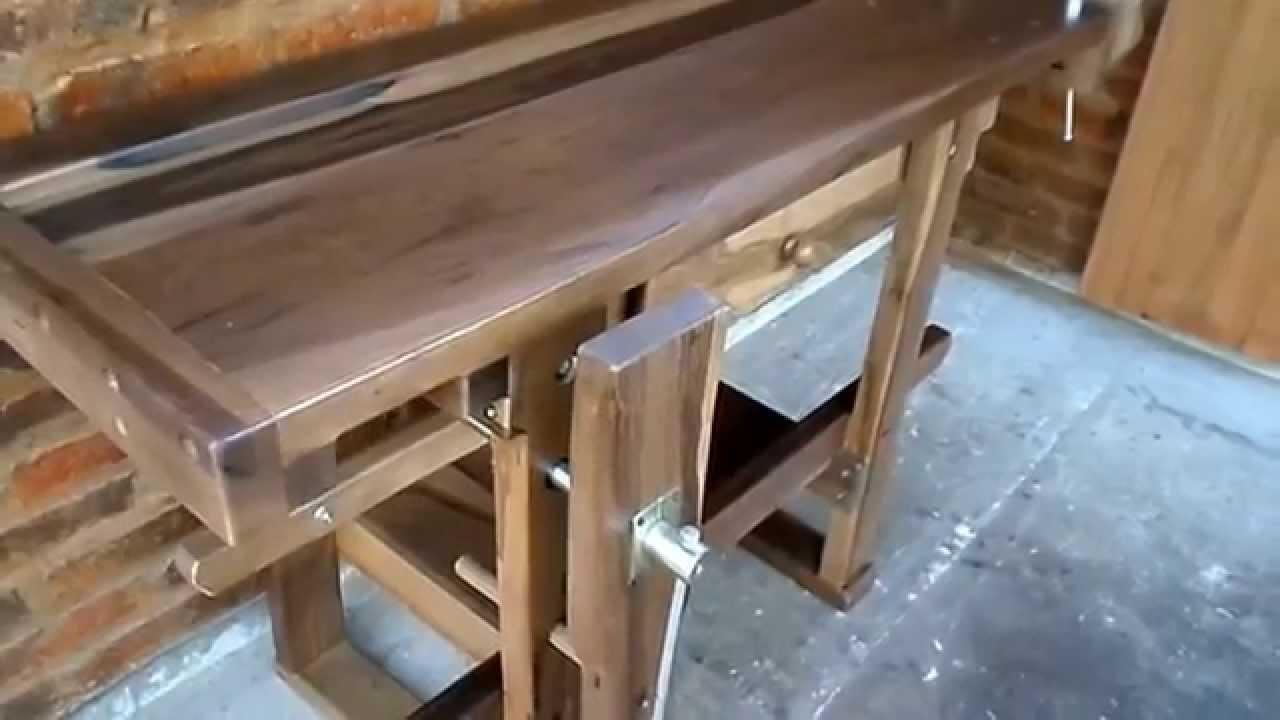 Banco de carpintero con doble prensa y cajon youtube - Cepillo de carpintero ...