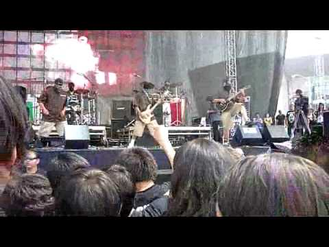 Thell Barrio - Traidores - Revolution Fest 2012