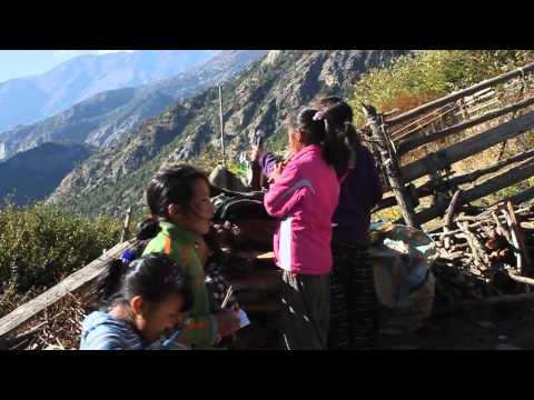 NEPAL, UPPER PISANG 2011 SUR LE TOUR DES ANNAPURNAS