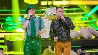 Один в один! Шура и Виктор Рыбин (Страна Лимония)(Новый сезон популярного шоу «Один в один!» - это десять суперхитов, которые на одной сцене вживую исполняют..., 2015-05-17T17:00:00.000Z)