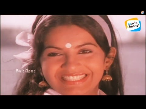 Mukhasree Vidarunna Lyrics In Malayalam - Akalangalil Abhayam Malayalam Movie Songs Lyrics