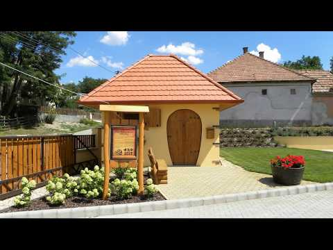 Egerszalóki Sáfránykert. /Hungarian folk song and music/