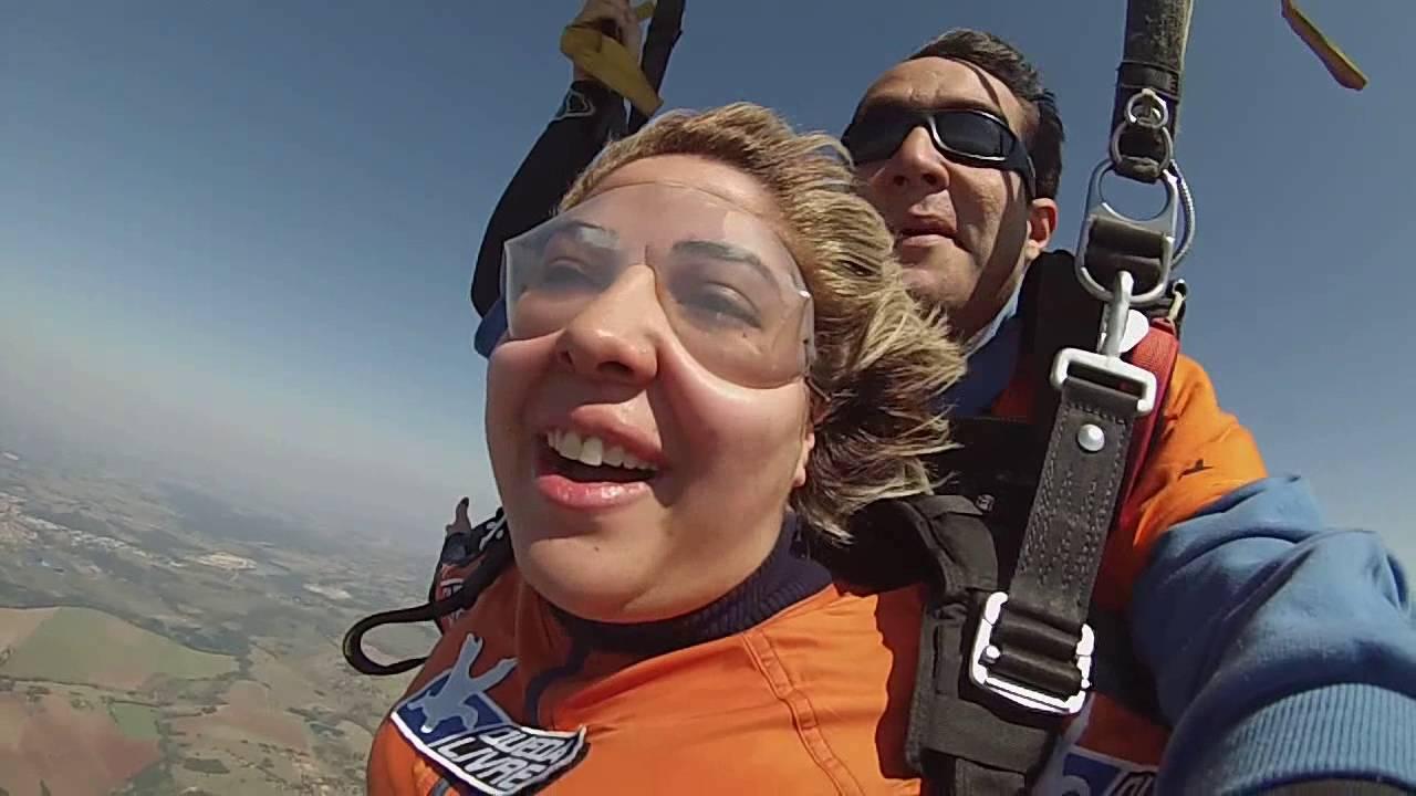 Salto de Paraquedas da Debora na Queda Livre Paraquedismo 28 07 2016