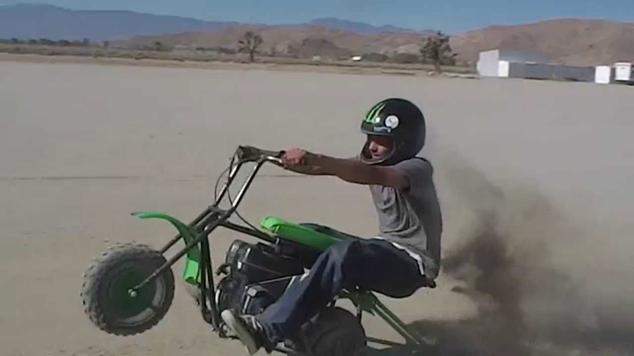 Smok N Mini Bike Wheelies Youtube