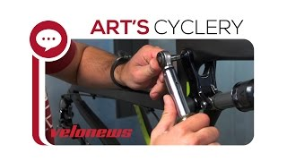 Gambar cover Ask a Mechanic: Installing and Torquing Santa Cruz Pivot Bolts
