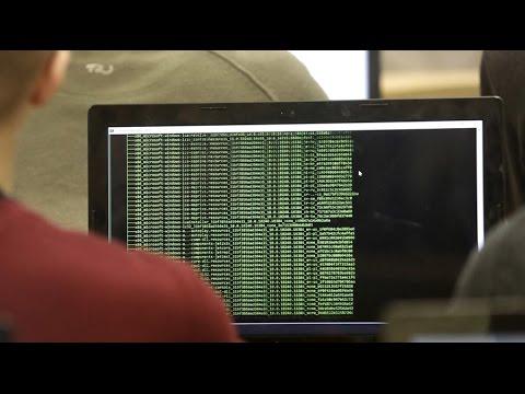 'Hack the Kremlin' Calls for Pentagon to dig up secret info as payback for e-mail leaks