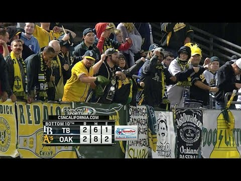 A's fans welcome back Balfour with 'Balfour Rage'