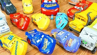 Disney Cars 3 Reck and Race Fabulous Lightning Mcqueen Crash and Smash Miss Fritter