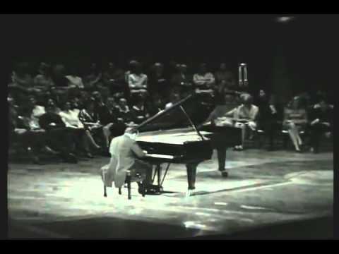Claudio Arrau - Beethoven - Piano Sonata No 30 in E major, Op 109