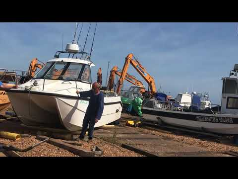 Beaching And Loading On Turn Table, 6.2m Cheetah  Hastings