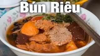 Bun Rieu - An Incredibly Delicious Bowl of Crab Noodles in Vietnam