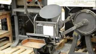 """Musil Rodengo Saiano - Laboratorio tipografico - Stampa con macchina tipografica modello """"Boston"""""""
