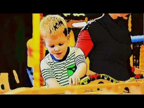 Mini-manó Játszóház szülinapi videózás - Mastercode Design Studio -  1080p