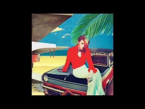 La Roux: Uptight Downtown Lyrics