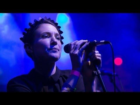 Woman's Hour - Our Love Has No Rhythm (live in Austin, Texas)