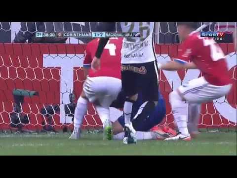 André perde Penalti Corinthians 2 X 2 Nacional URU Libertadores da América 04.05.2016