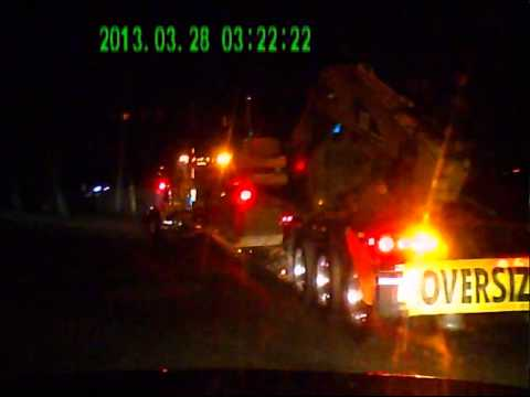 pilotcar.tv™ - Extremely Loud Jake Brake 3:22 a.m. Lake Success NY