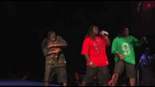 T-Pain - Buy You A Drank Featuring Yung Joc (LIVE at SCREAMFEST)