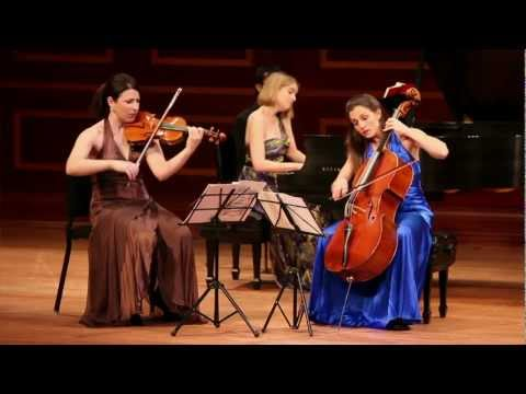 Cortona Trio plays Piano Trio No.3, i