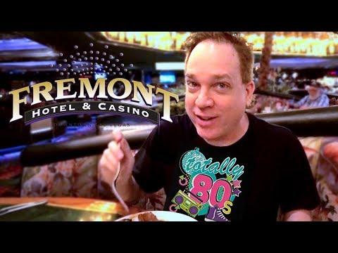 Fremont Buffet Downtown Las Vegas - Totally '80s!