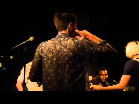 Nate Ruess & The Band Romantic - She Doesn't Get It (Format cover), live in Paris