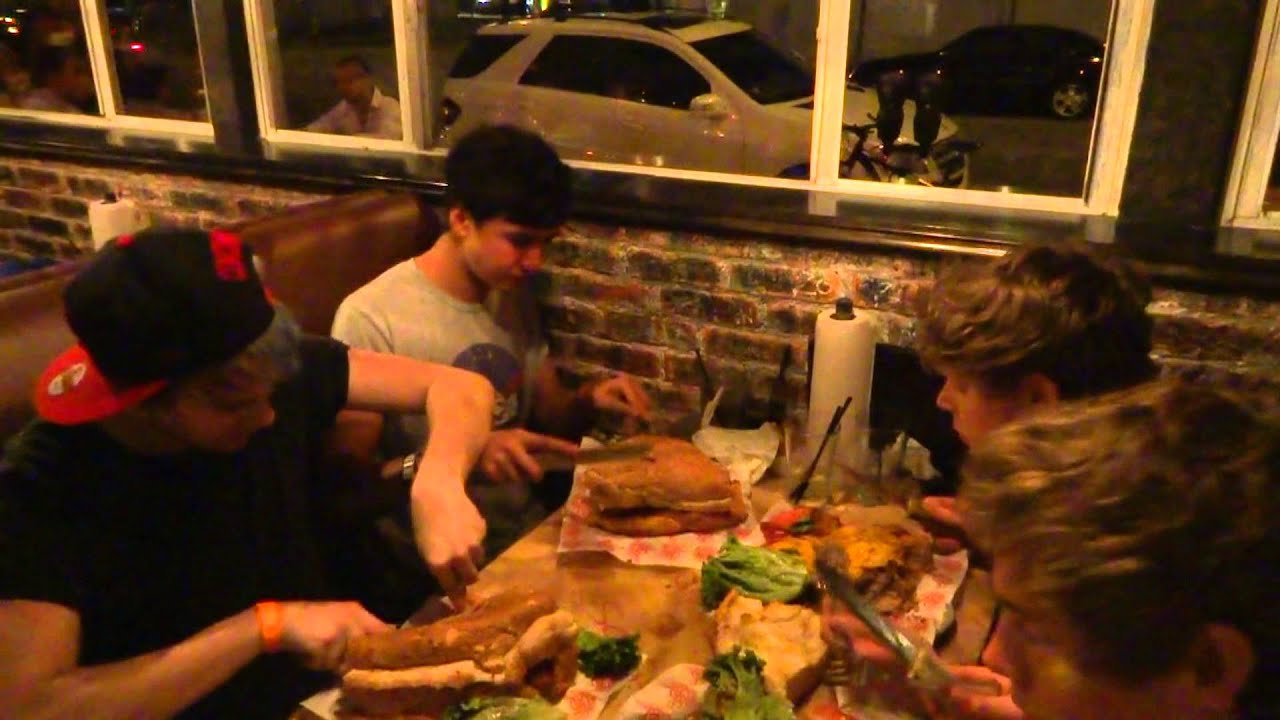 5SOS VS. FOOD - Round 1 (Miami)