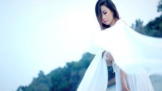 Nkim zog hlub (Official Music Video) - Nkauj Lig Hawj (L&B)