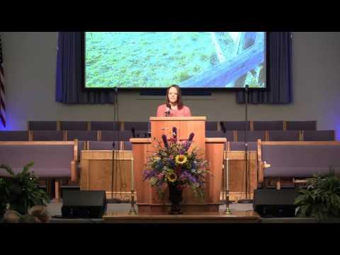 Heather Allen singing Aint No Grave. 7/31/2016