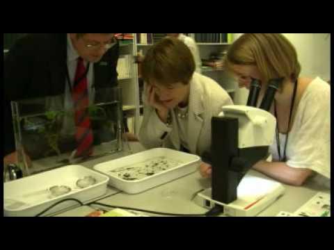 Environment Secretary visits Natural History Museum