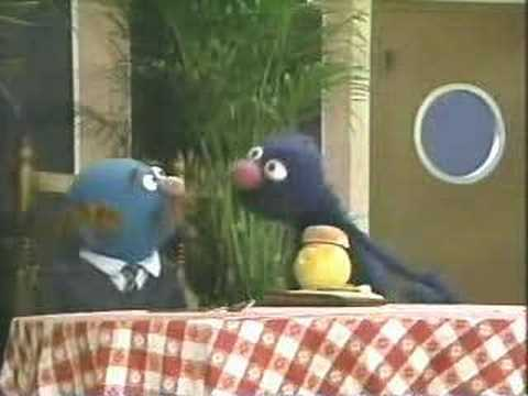 Classic Sesame Street - Grover uses his