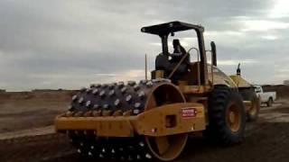 Compactando suelo cemento