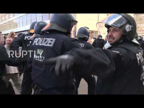 Germany: Police, anti-lockdown protesters scuffle in Berlin
