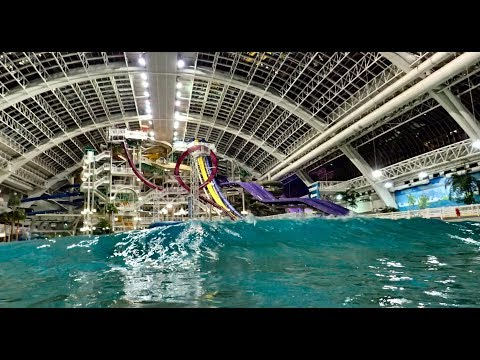 How It Works: HUGE Wave Pool With Mechanical / Hydraulic Wave Machines