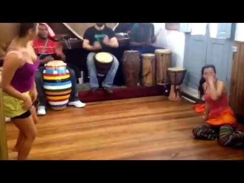 Ballet Africano de Montevideo Practice