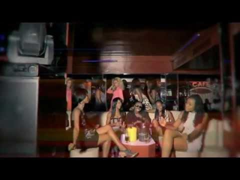 J-Rio - Elle Est Accro [ Official Video ]
