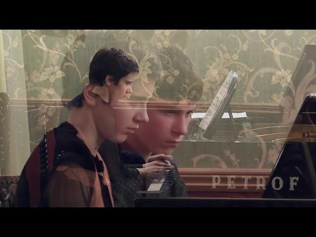 Гостиная Юргенсон: Никифор и Александра, Моцарт 25 симфония coль минор 1 часть