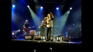 Ben Harper & Charlie Musselwithe All That Matters Now. cappella. les déferlantes2013