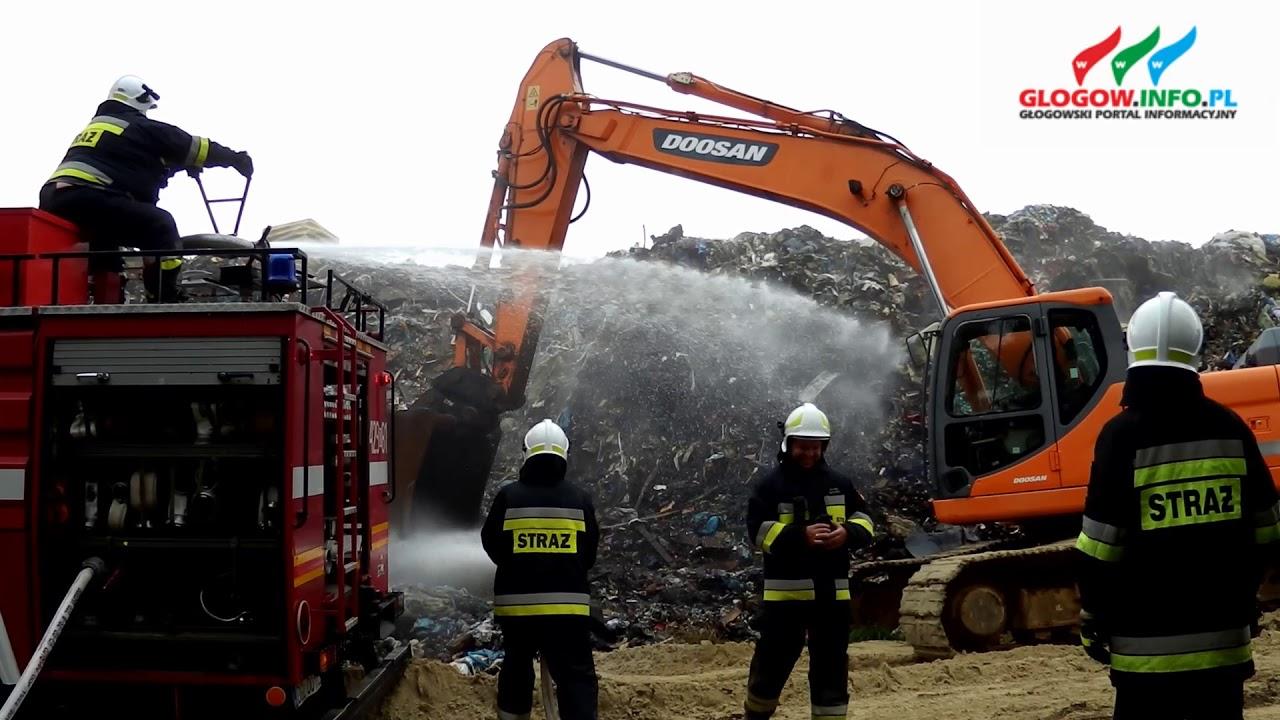 Pożar na wysypisku w Biechowie