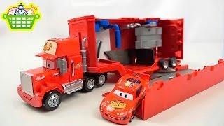 Автовоз Мак и Молния МакКуин из мультика Тачки - Disney Cars Mack Truck  and  Lightning McQueen