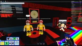 I welcome my brother(roblox rhs)subscribe and like