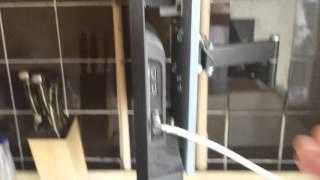 Крепление телевизора SONY на стену используя кронштейн с креплением VESA(Крепление телевизора SONY на стену с помощью обычного кронштейна и дощечки., 2015-02-19T10:35:30.000Z)