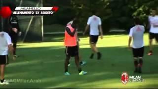 WATCH Live Mario Balotelli kicks team mate Andrea Poli for no reason COMPLETE ]