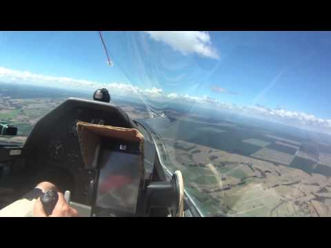A Day at a Gliding Competition